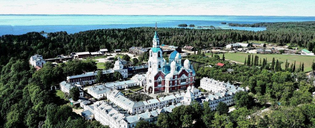 Ленинградская область, Ладожское озеро, остров Валаам, Валаамский монастырь.,  - Фото с квадрокоптера