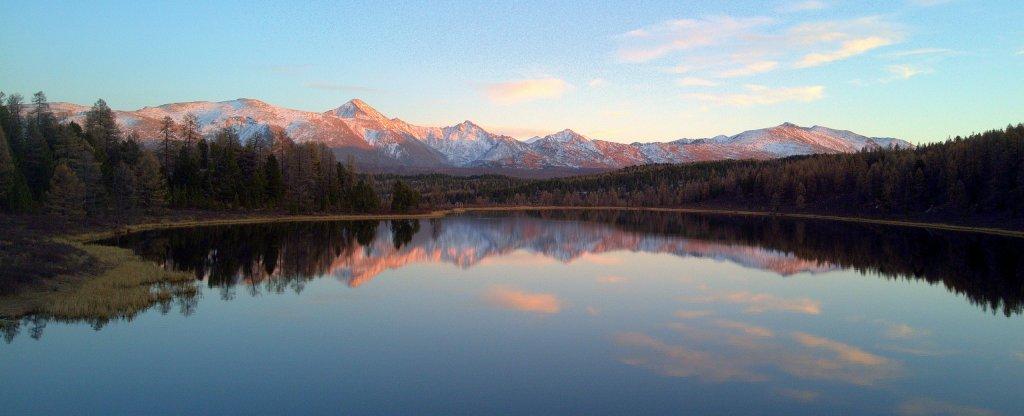 Алтайское озеро,  - Фото с квадрокоптера