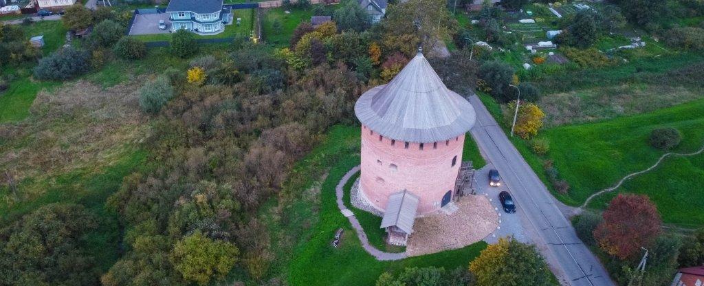 Белая башня, Великий Новгород - Фото с квадрокоптера