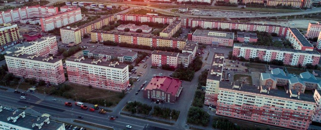 Вид на Ленинградский проспект, Новый Уренгой - Фото с квадрокоптера