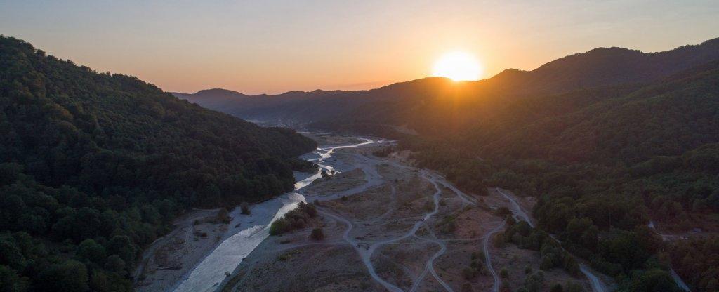 Художественная аэрофотосъемка долины реки Шахе, Сочи - Фото с квадрокоптера
