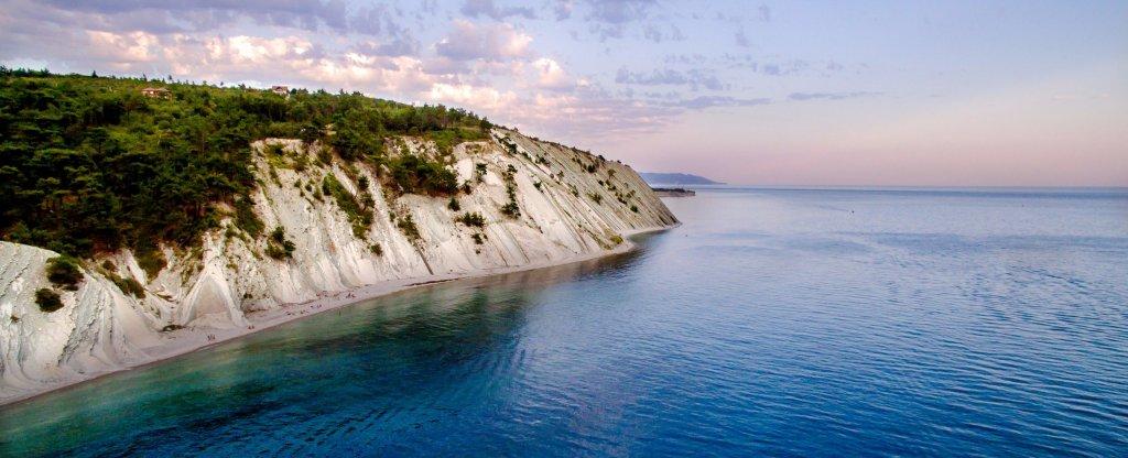 Берег Черного моря, Геленджик - Фото с квадрокоптера