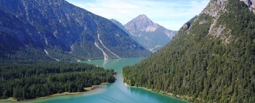 Австрия, озеро Plansee,  - Фото с квадрокоптера