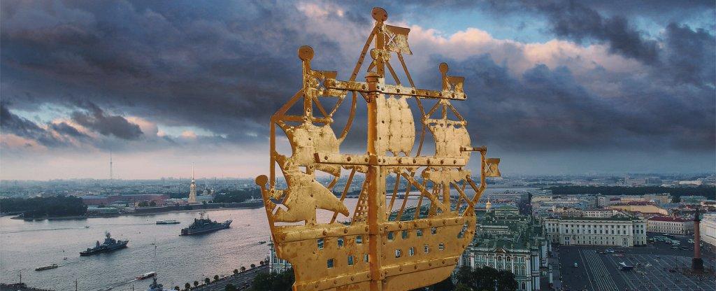 Кораблик на Шпиле Адмиралтейства,  - Фото с квадрокоптера