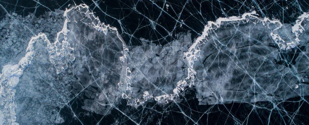 Лед Байкала, Иркутск - Фото с квадрокоптера