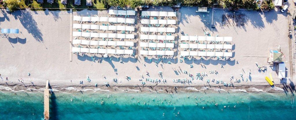 Пляж в Турции,  - Фото с квадрокоптера