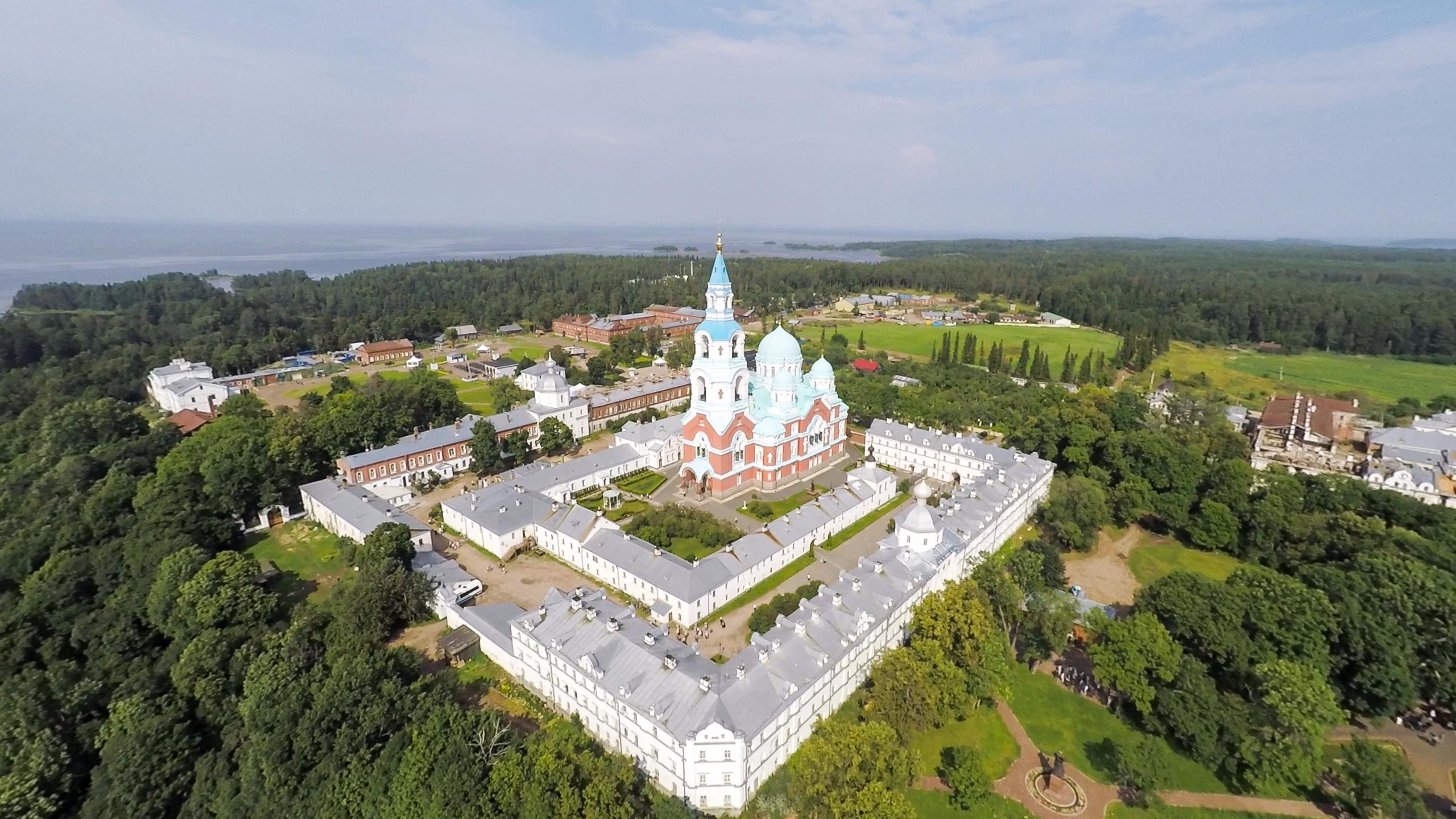 валаамский монастырь фото сложных